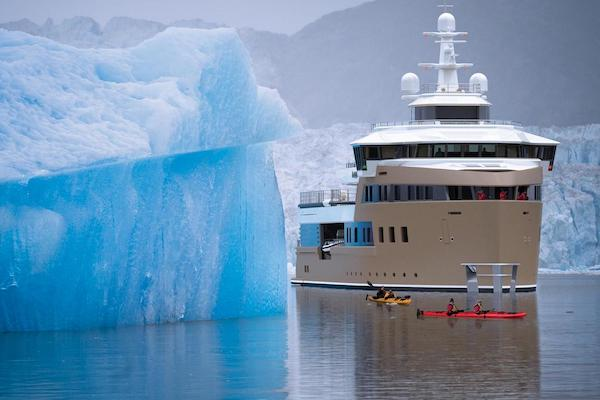 La Datcha Expedition Yacht